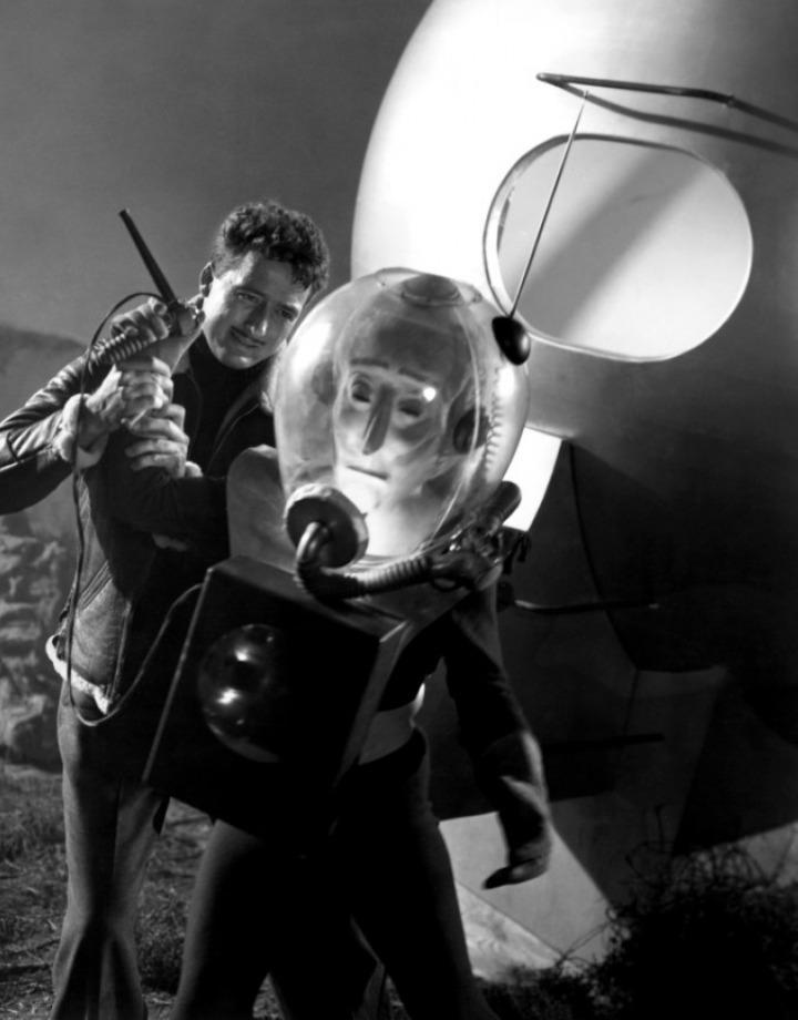 The Man from Planet X (1951) - Robert Clarke