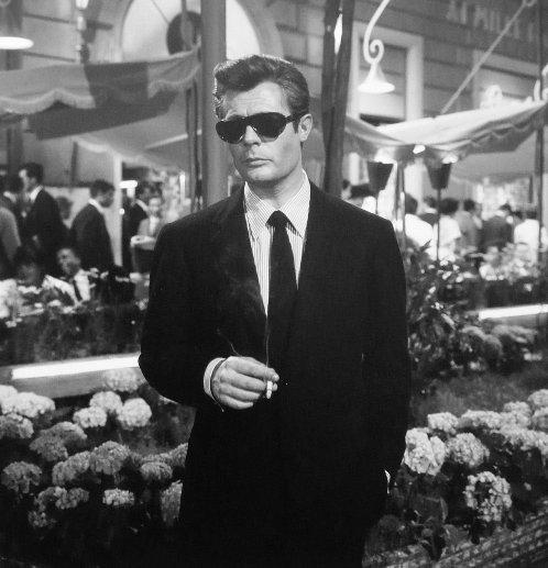 Marcello Mastroianni (8 1/2, Federico Fellini, 1963)