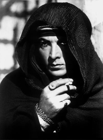 Rodolfo Valentino (A Dama das Camélias/Camille, Ray C. Smallwood, 1921)