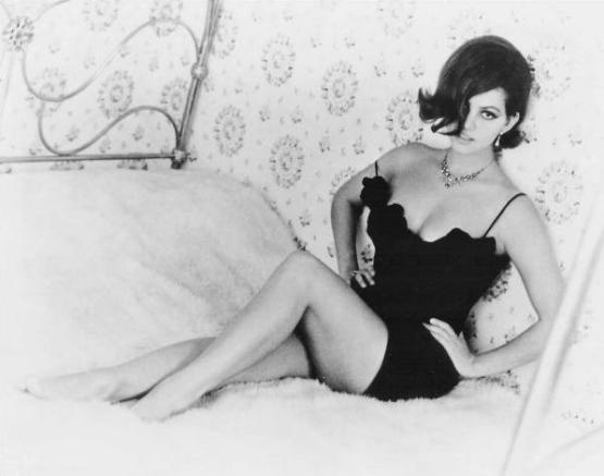 Claudia Cardinale (Era Uma Vez no Oeste/C'era una volta il West, Sergio Leone, 1968)