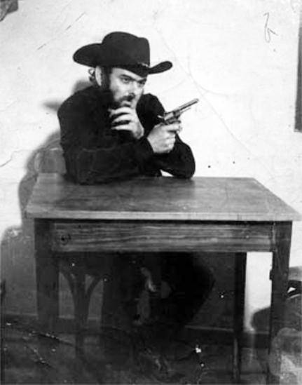 José Mojica Marins (À Meia-Noite Levarei Sua Alma, José Mojica Marins, 1964)