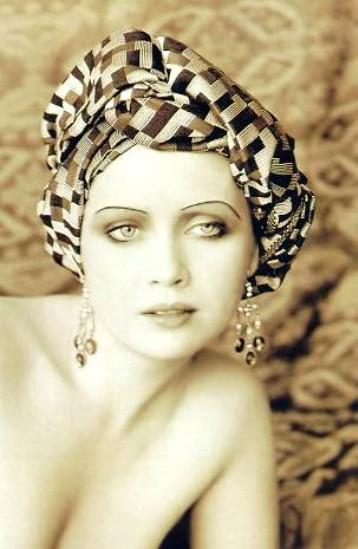 Lysette Anthony (Maridos e Esposas/Husbands and Wives, 1992)