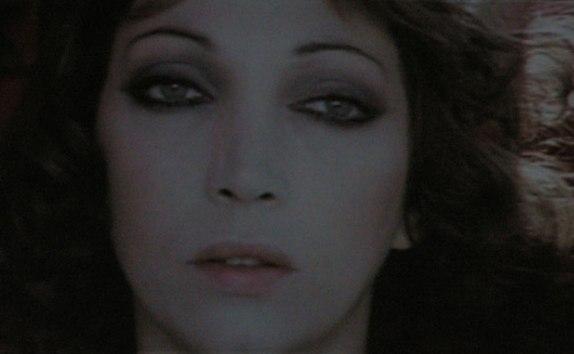 Mariangela Melato (Por um Destino Insólito/Travolti da un insolito destino nell'azzurro mare d'agosto, Lina Wertmüller, 1974)