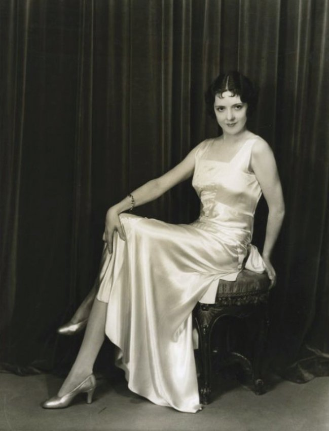 Nena Quartaro by Elmer Fryer