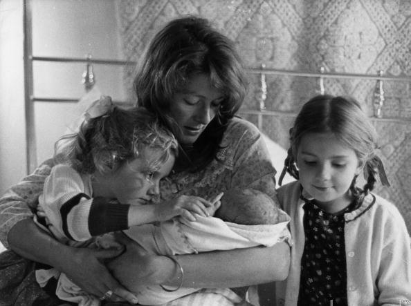 Dando continuidade genética ao maior clã de atores ingleses do século XX: Joely, Vanessa, Nathasha e o filho do Franco Nero.