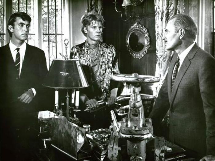 Duffy - John Alderton, James Fox, James Mason