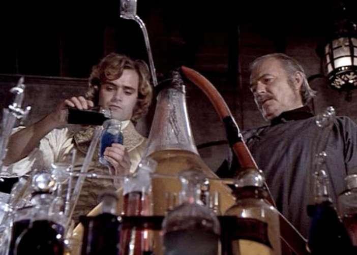 Frankenstein The True Story (1973) - Leonard Whiting & James Mason