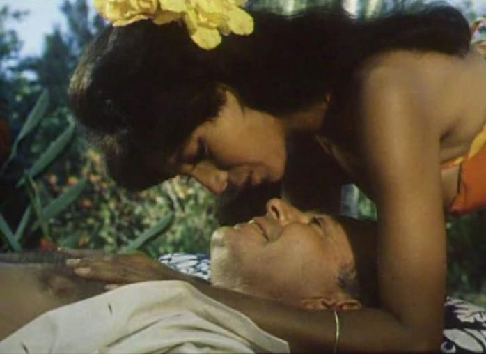 Tiara Tahiti - James Mason & Rosenda Monteros