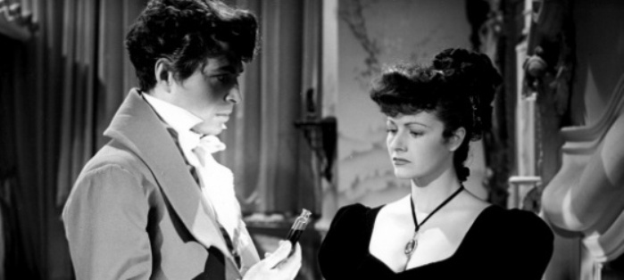 The Man in Grey (1943) - JAMES MASON & MARGARET LOCKWOOD