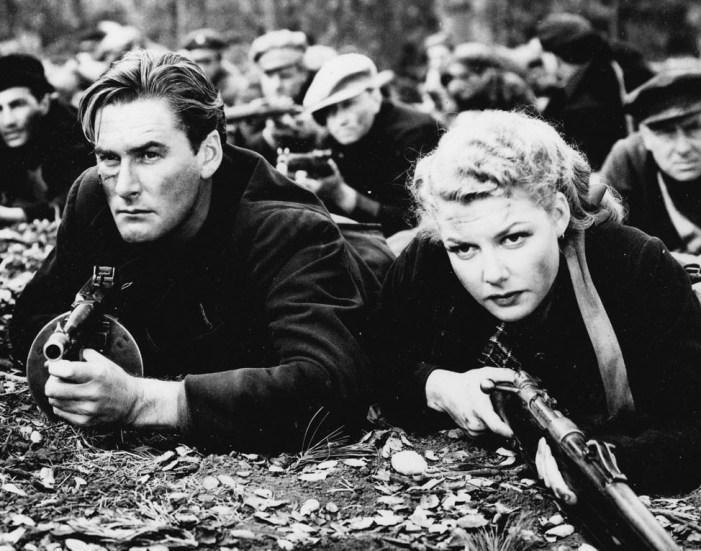 Edge of Darkness - Errol Flynn & Ann Sheridan