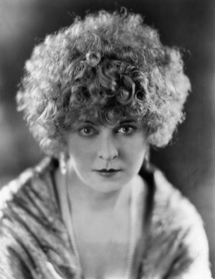 Gertrude Astor (No More Ladies / The Women / A Star Is Born)
