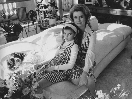 Grace e Stephanie de Mônaco por Otto Stupakoff