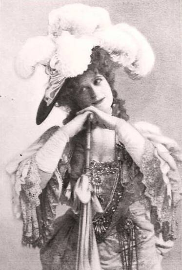 Henrietta Crosman (The Royal Family of Broadway)