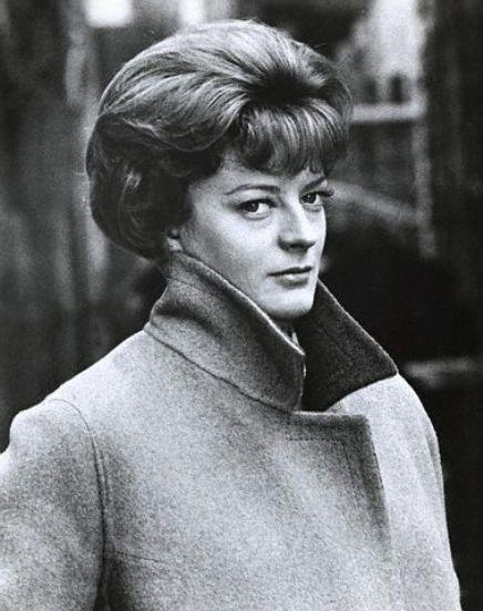 Maggie Smith (Travels with My Aunt)