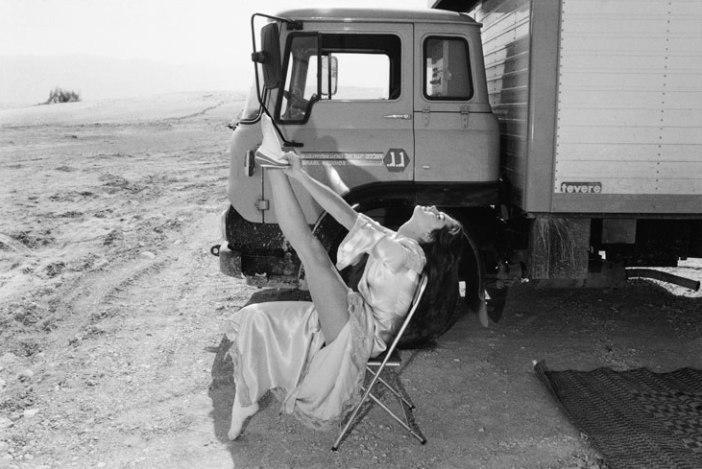 Brooke Shields no set de Sahara - Israel, 1983