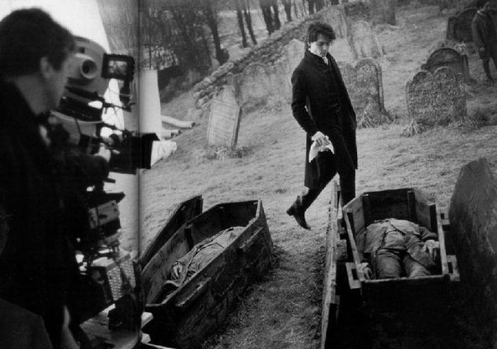 Johnny Depp no set de A Lenda do Cavaleiro sem Cabeça (Sleepy Hollow) - Surrey, Inglaterra, 1999