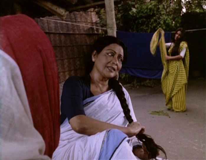Ekti Nadir Naam (2002) 2