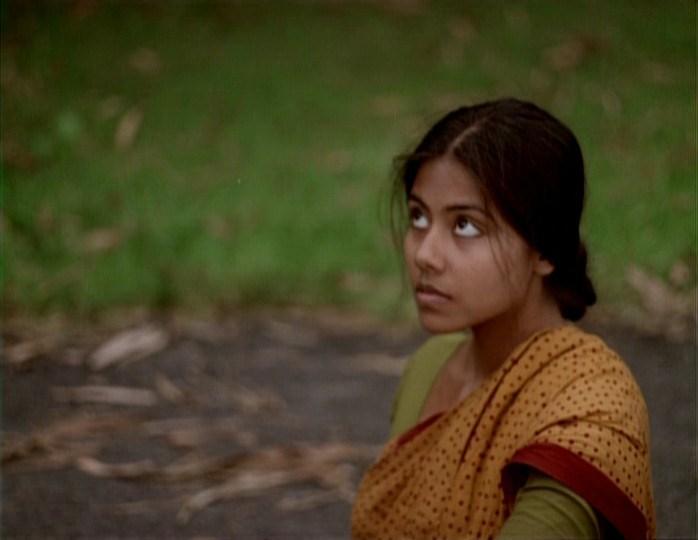 Ekti Nadir Naam (2002) 3