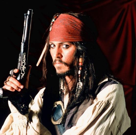 Johnny Depp em Pirtas do Caribe (Pirates of the Caribbean: The Curse of the Black Pearl, Gore Verbinski, 2003)