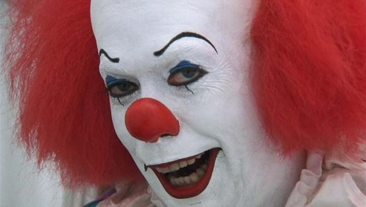 Stephen King's It (1990) Tim Curry