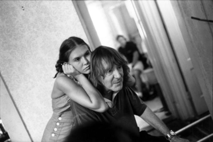 Adrian Lyne e Dominique Swain no set de Lolita, 1996