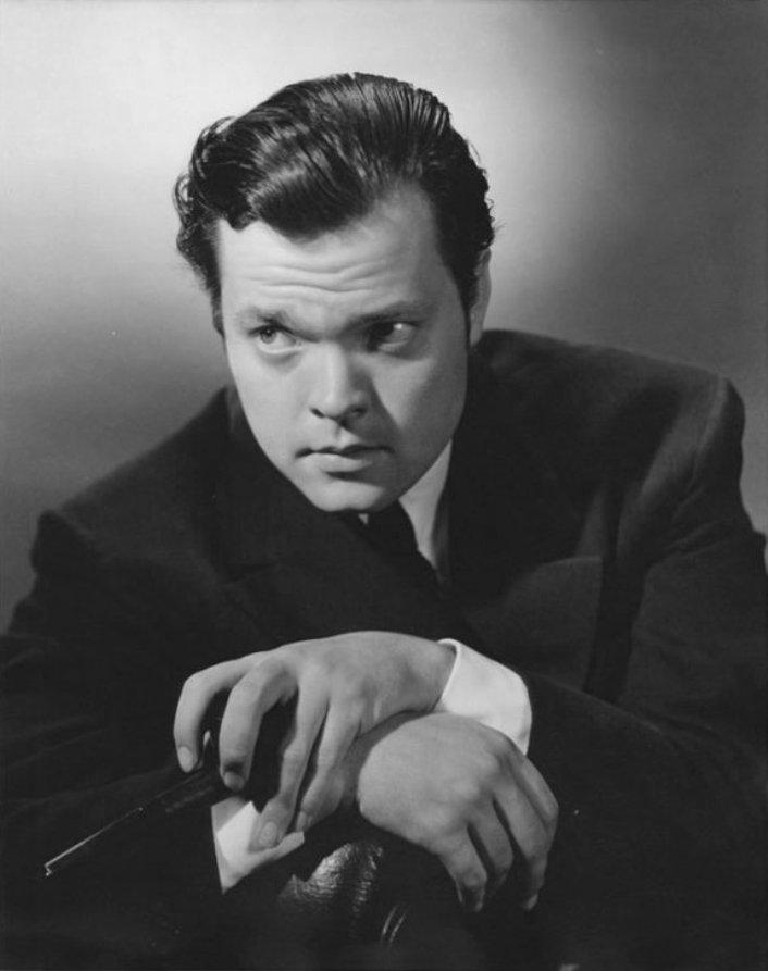 analysis of citizen kane orsen wells He explains how orson welles used the tricks of the trade to create a classic   citizen kane was welles' first film, made when he was 25 years old and under   the meaning of rosebud and the mystery of kane's life in overlapping dialogue,.