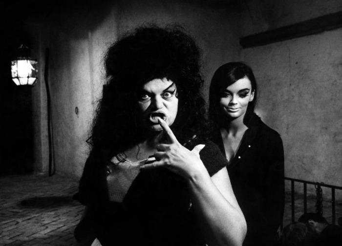 8½ (1963) - Eddra Gale & Barbara Steele