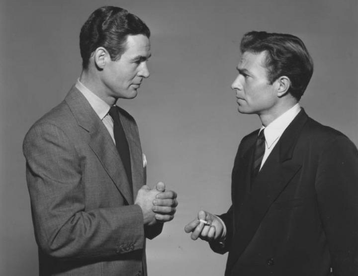 Coração Prisioneiro (Caught, Max Ophüls, 1949): Você é fodão, mas eu sou mais alto. mimimi