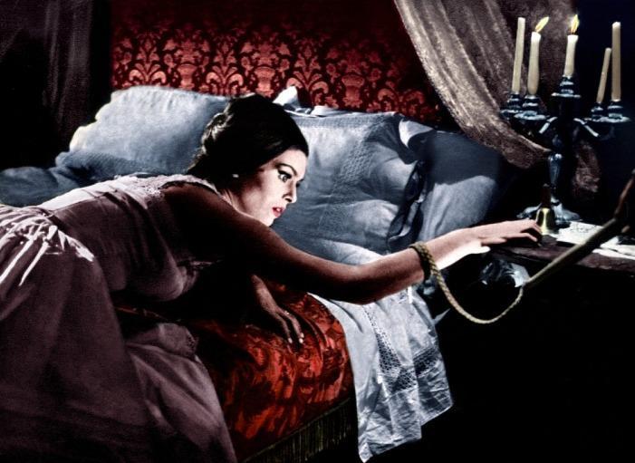 La frusta e il corpo (1963) - Daliah Lavi