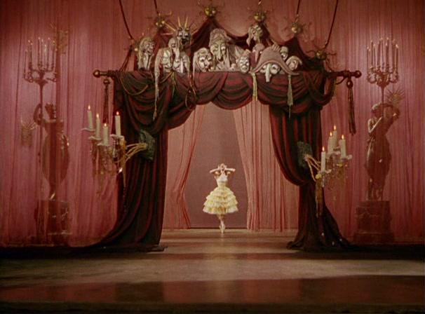 Cinematography in the ST - Influences, motifs, and techniques  - Page 3 The-tales-of-hoffmann-michael-powell-emeric-pressburger-497