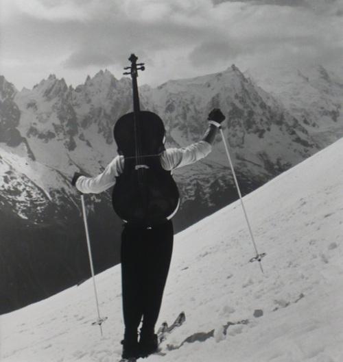 ballade pour violoncelle et chambre noire baquet