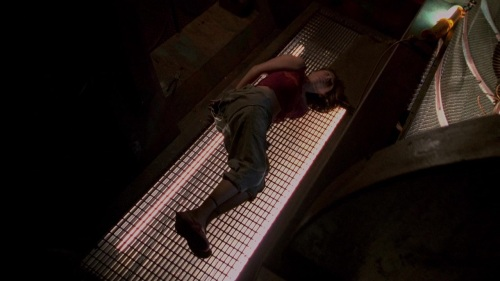 Firefly.2002.Ep14 Objects in Space 357